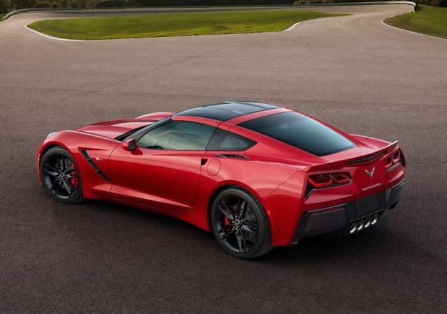 2015_CHEVROLET_CORVETTE_C7_STINGRAY_pic-10