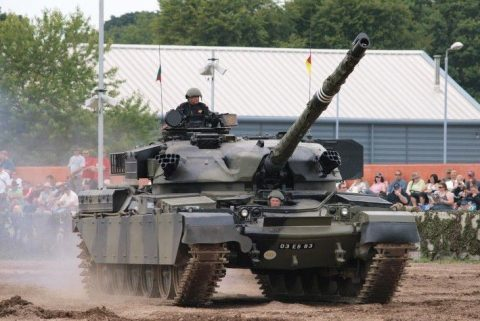 Vickers-Armstrong FV4201 Chieftain